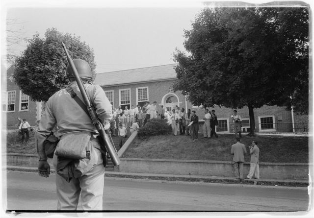 Clinton, TN. School integration conflicts.  Courtesy of the Library of Congress.