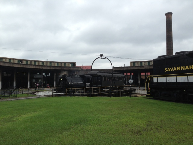 1.Roundhouse