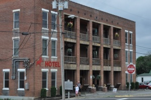 Walking Horse Hotel (1914) in Wartrace, TN.
