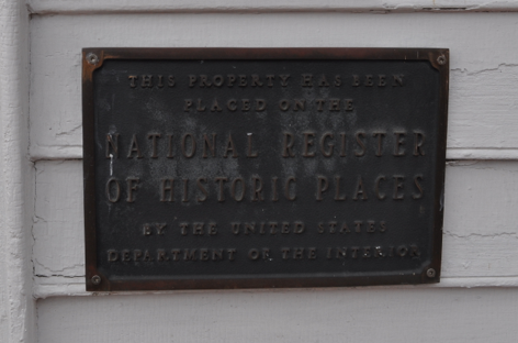 National Register of Historic Places plaque at the Old Deery Inn in Blountville.